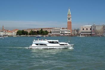 Båtsemester i Italien