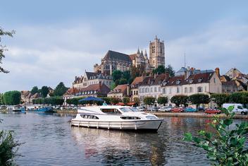 Region Bourgogne Canal du Nivernais